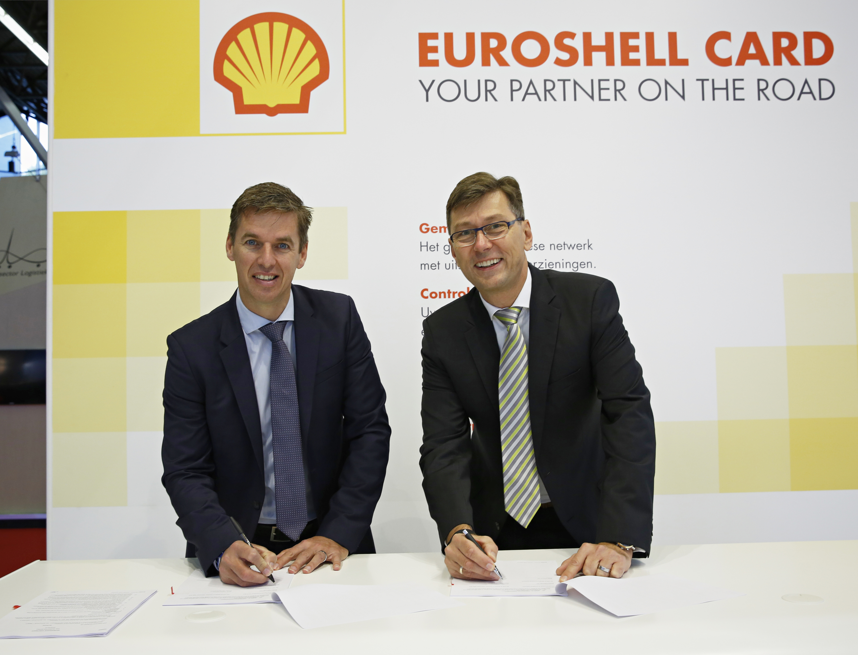 tomtom telematics and shell join forces to help business fleets