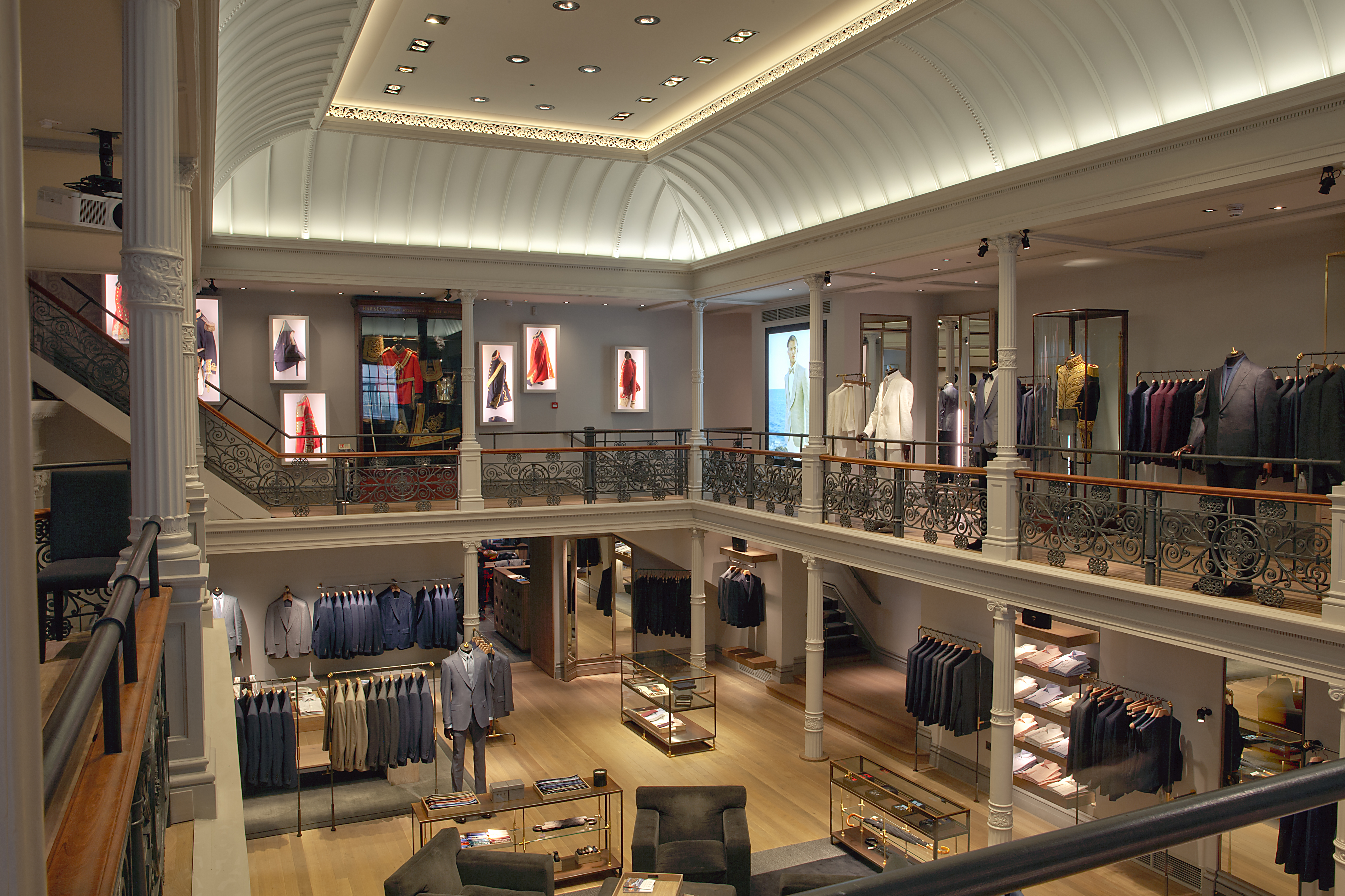 Retail Week White Paper Led Lighting S Profound Effect On