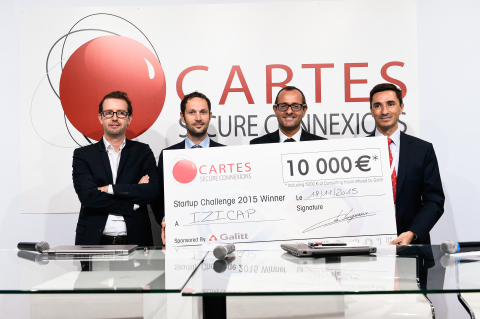 Miguel Mateus winner of the 2015 Startup Challenge with the members of the jury. (Photo: Business Wire)