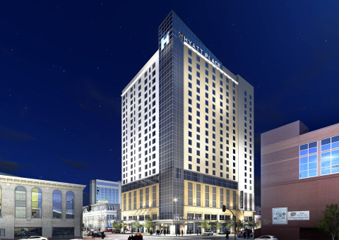 Hyatt Place Denver/Downtown and Hyatt House Denver/Downtown create an experience that offers guests two different hotel experiences under one roof in one great location. (Photo: Business Wire)
