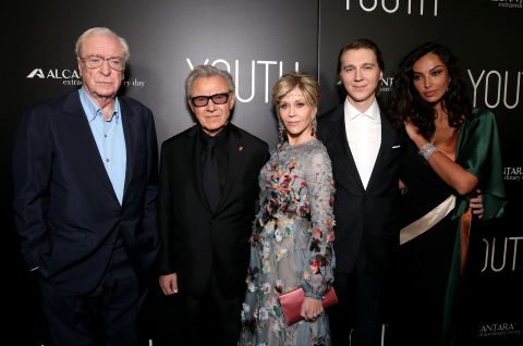"""Youth"" actors (L-R) Michael Caine, Harvey Keitel, Jane Fonda, Paul Dano and Madalina Diana Ghenea (Photo: Business Wire)"