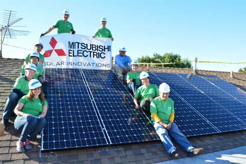 Mitsubishi Electric Green Team volunteers, students from CSULB Disabled Student Services and GRID Alternatives project leader pose in front of a newly installed 3.24kW solar system in Los Angeles. (Photo: Business Wire)