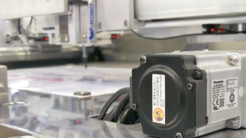 """The newly developed AC servo motor """"MINAS A6 series"""" is the industry's smallest and lightest. (Photo: Business Wire)"""