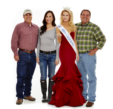 Miss California 2015 and farmers with American Pistachio Growers will travel across China this month promoting pistachios to coincide with China's holidays, leading up to Chinese New Year. The Chinese market is one of the largest consumers of pistachios in the world. Shown L-R: Devin Aviles, Madera, CA; Alison Nagatani, Earlimart, CA; Miss California 2015 Bree Morse, Garden Grove, CA, Jimi Valov, Tulare, CA. (Photo: Business Wire)