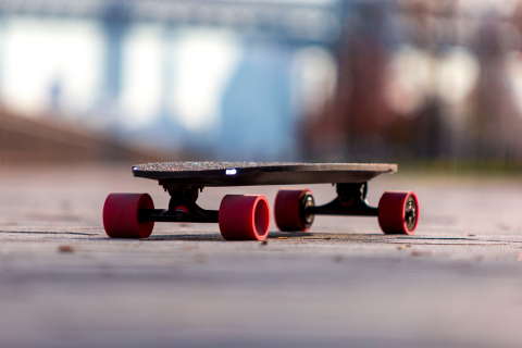 Inboard's M1 Electric Skateboard with headlights (Photo: Business Wire)