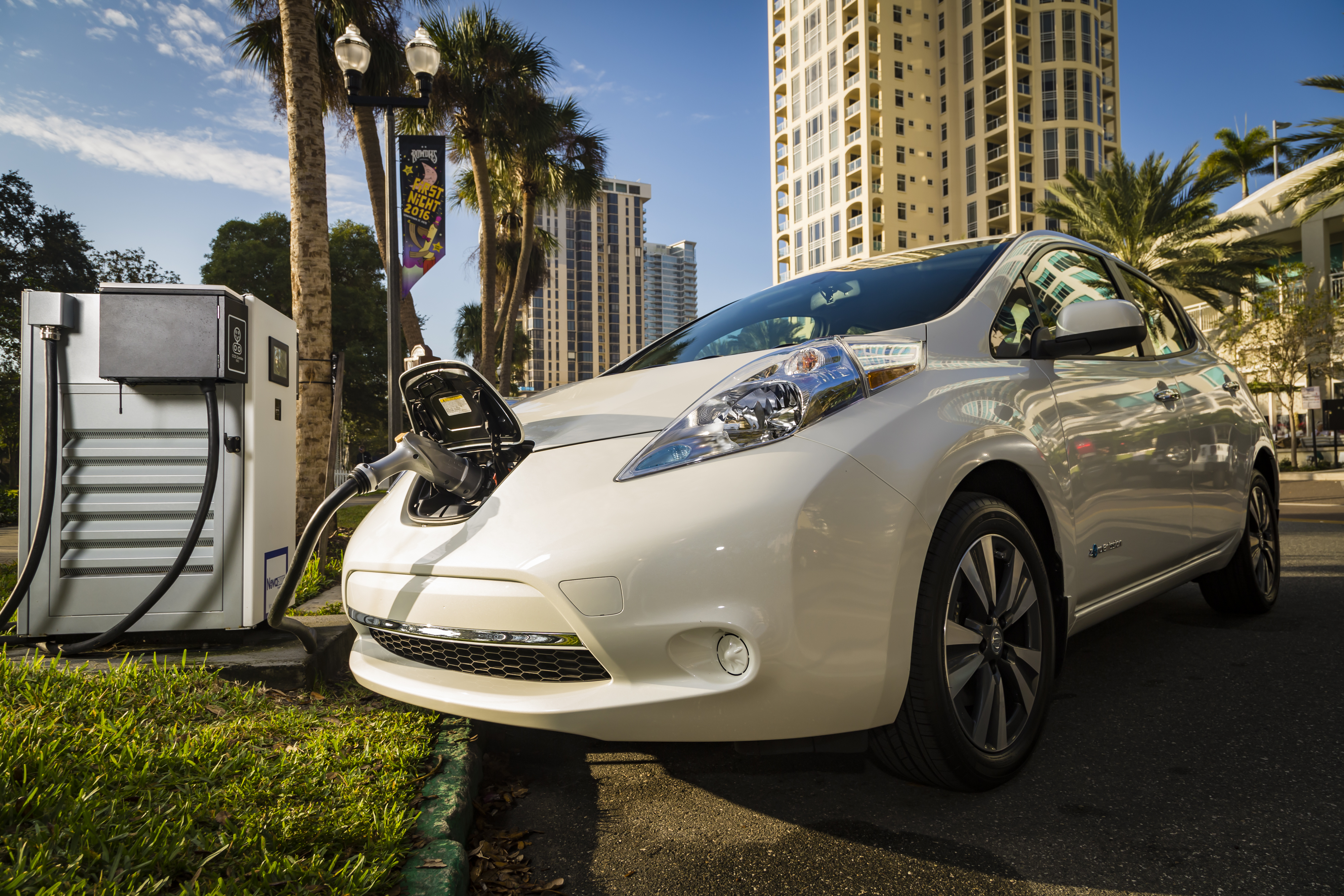 Nissan And Bmw Partner To Deploy Dual Fast Chargers Across The U S