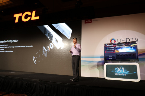 The GM of TCL Multimedia OBC is giving a keynote speech of TCL 2016 QUHD Global Press Conference. (Photo: Business Wire)