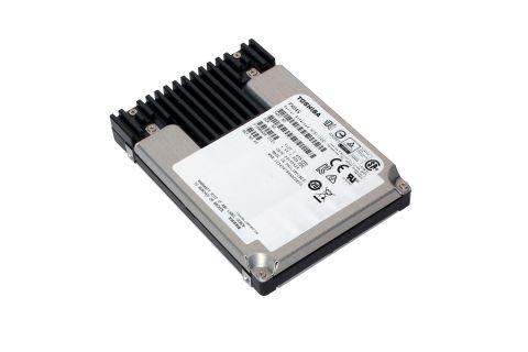 東芝:読み出し多用向けエンタープライズ用SAS SSD「PX04SLシリーズ」(写真:ビジネスワイヤ)