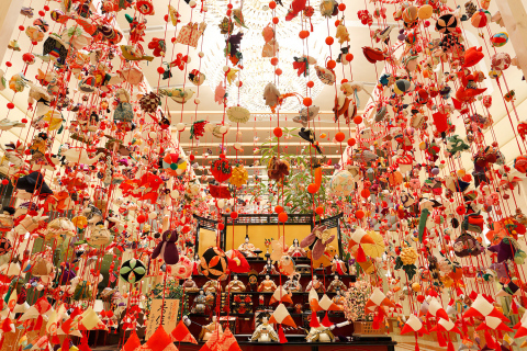 """Hanging ornaments for """"hinamatsuri.""""  Using precious antique cloth of silk, careful handwork is used to make sure every single needle stitch is perfect.  Each motif carries its own implications as a charm to bring happiness to girls. (Photo: Business Wire)"""