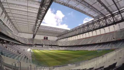 巴西拜沙达体育场让球迷们可以观看赛场上的全部精彩赛况。(照片:美国商业资讯)
