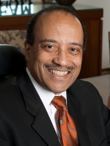 William Owen, M.D., FACP, Dean of Medical Sciences, American University of the Caribbean School of Medicine(Photo: Business Wire)