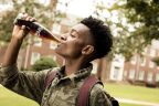 The Coca-Cola Pay It Forward program provides up to 25 teens a chance to win a $5,000 scholarship and a trip with their mom/guardian to the second Coca-Cola Pay It Forward Academy by nominating a teen now through March 31, 2016 at www.coke.com/payitforward (Photo: Business Wire)