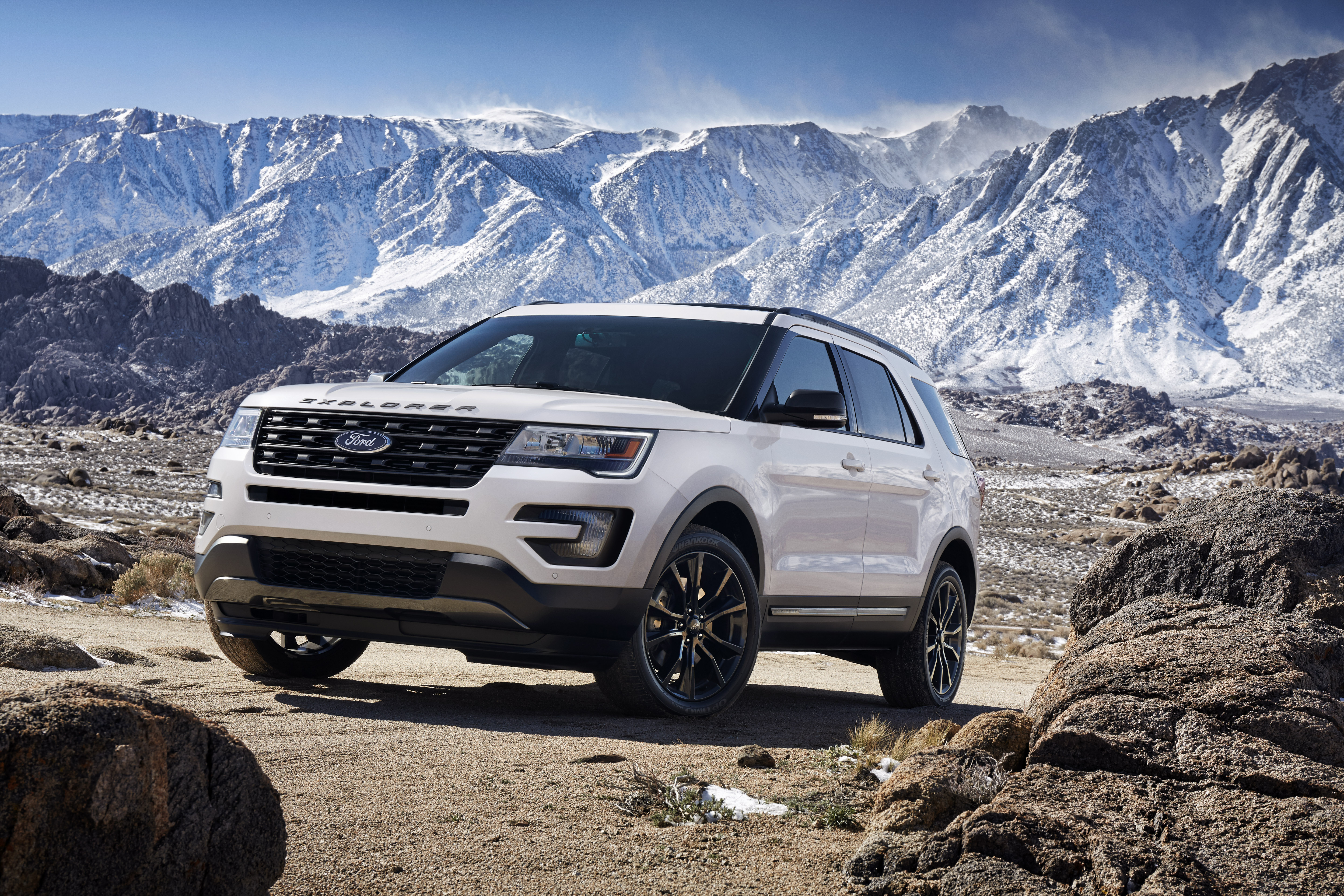 kuga reviews ford carbuyer suvs review suv