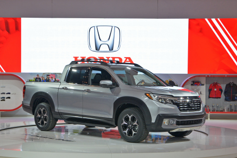 The all-new 2017 Honda Ridgeline makes its Canadian debut at the 2016 Canadian International Auto Show. (Photo: Business Wire)