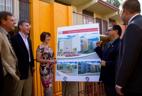 CPLC president and CEO David Adame describes renovation plans for Estancia del Sol Apartment Community with UnitedHealthcare and Optum Bank executives. The 351-unit property was purchased as part of a $20 million capital investment partnership with UnitedHealthcare to acquire, develop and operate multifamily housing units in the Phoenix area, and to offer and administer a variety of need-based services to residents. The partnership is part of a pilot program by UnitedHealthcare called myConnections, which was developed to provide low-income individuals and families with access to essential social, medical and behavioral services. L to R: Gary Murray, chief credit officer, Optum Bank; Tom McGlinch, director, Investment Management, UnitedHealth Group; Sheila Shapiro, chief operating officer, UnitedHealthcare Community Plan of Arizona; David Adame, president and CEO, CPLC; Joe Gaudio, CEO, UnitedHealthcare Community Plan of Arizona (Photo: Robert Farthing).