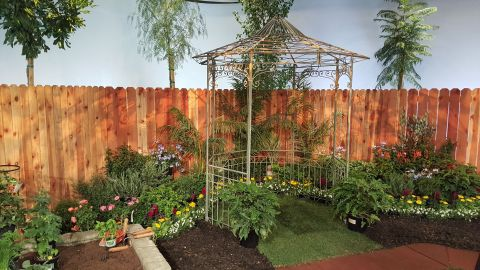 The backyard set for Season Seven of 'Things Green' features more than 270 plants and trees donated by Village Nurseries. The show debuts on February 13, 2016 on PBS KLCS-TV in Los Angeles and six other PBS stations. (Photo: Business Wire)
