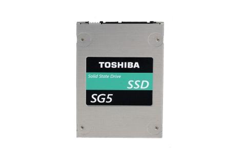 東芝:15nm TLC NAND搭載のクライアント向けSSD「SG5シリーズ」2.5型タイプ (写真:ビジネスワイヤ)