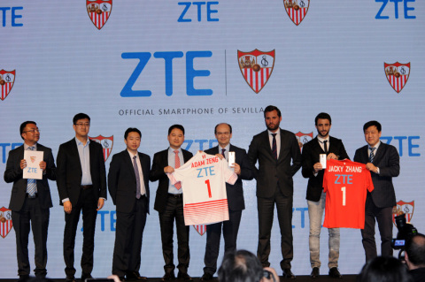 ZTE signs as Official Smartphone of Sevilla FC. (Photo: Business Wire)