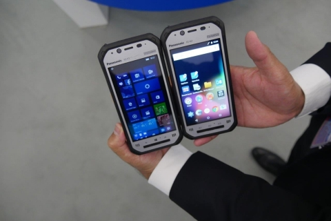 Panasonic introduces the world's lightest fully rugged Toughpad, the 4.7 inch FZ-F1(Left) for Windows and FZ-N1(Right) for Android(TM). (Photo: Business Wire)