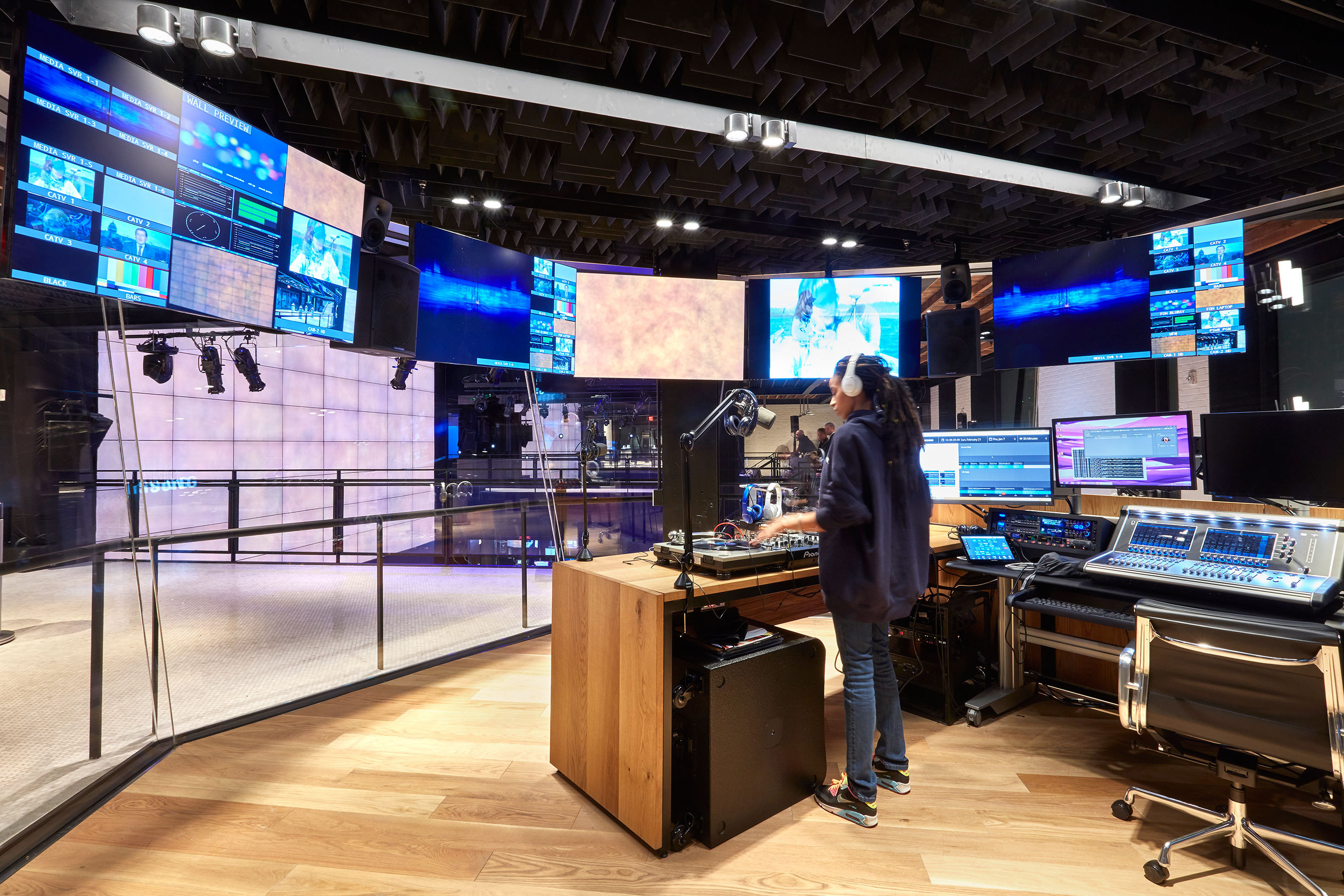 Samsung 837 Opens Its Doors In The Heart of NYC Marking the  First-of-its-Kind Cultural Destination, Digital Playground and Marketing  Center of Excellence.