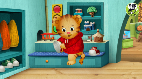 PBS, the nation's most trusted provider of educational media for children, today announced that it will launch new, free, multiplatform 24/7 PBS KIDS services later this year. Provided by local stations, the free services include a new TV channel and live stream on digital platforms. The PBS KIDS 24/7 channel will include popular favorites, such as DANIEL TIGER'S NEIGHBORHOOD (pictured), ODD SQUAD, WILD KRATTS and DINOSAUR TRAIN; the new series NATURE CAT and READY JET GO!, which debuted February 15; and SPLASH (w.t.), a series from The Jim Henson Company that will premiere in fall 2016. Daniel Tiger's Neighborhood (C) 2016 The Fred Rogers Company. All Rights Reserved.