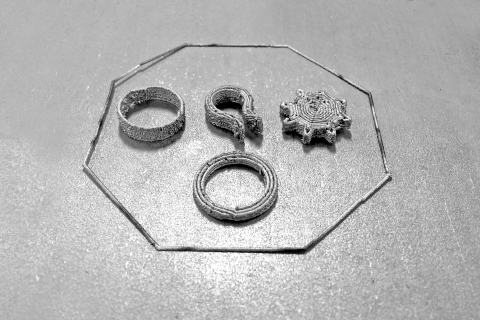 Early prototypes created with the new 3D printing method. (Photo: Business Wire)