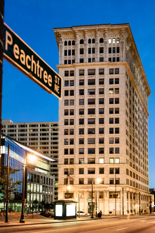 Hilton Worldwide (NYSE: HLT) today announced the signing of a franchise license agreement with REM Associates to bring Candler Hotel Atlanta to Curio - A Collection by Hilton. The landmark Candler building is set to open in late 2017. (Photo: Business Wire)