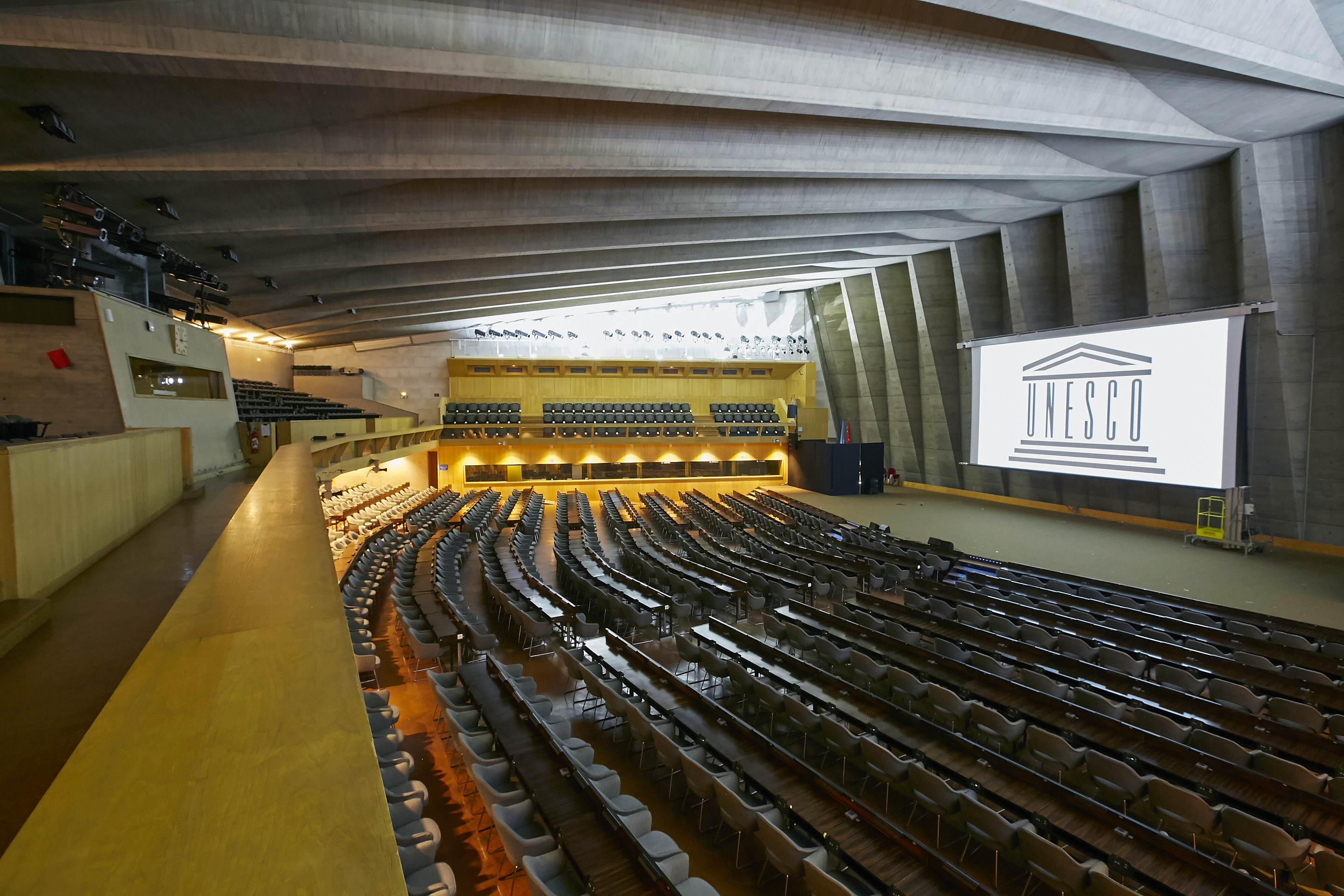 Panasonic installed an integrated AV solution at Room 1, the largest conference room of approx. 1,000 seats, of UNESCO Headquarters (Photo: Business Wire)
