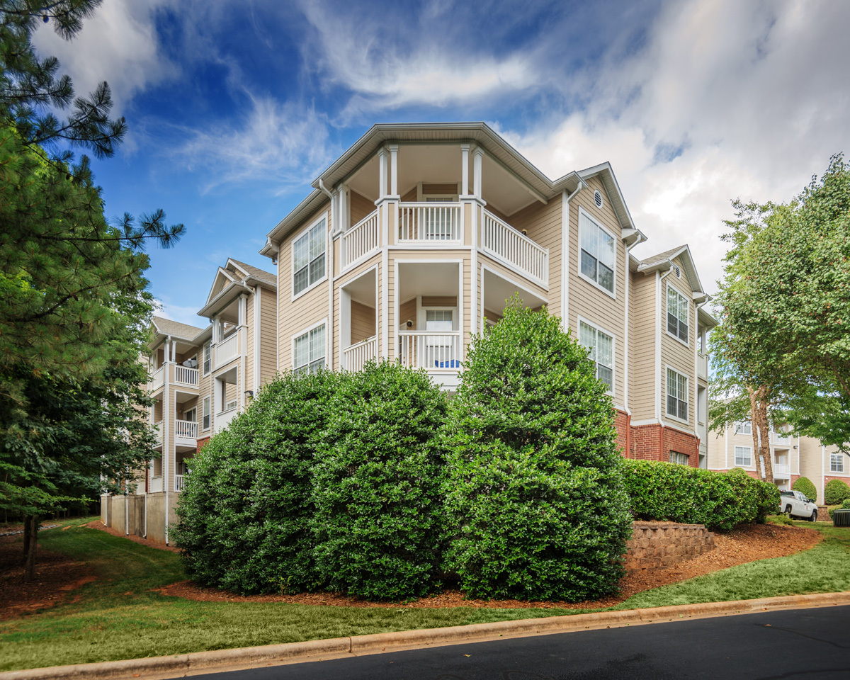 Waterton Purchases 426-Unit Addison Park Apartments in Charlotte ...