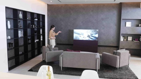 "Living room of ""Better Living Tomorrow"" at Panasonic booth (Photo: Business Wire)"