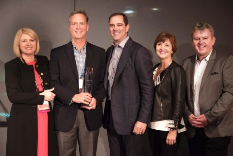 Jim Mitchel, vice president of marketing communications and advertising, CDW, accepts the Marketing Innovation Award at Cisco Partner Summit. (Photo: Business Wire)