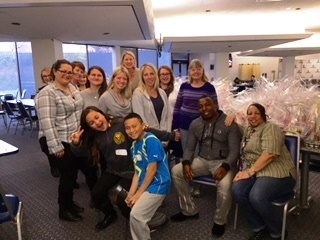 GEICO's Woodbury associates team up with the Interfaith Nutrition Network to donate Easter baskets for local youngsters. (Photo: Business Wire)