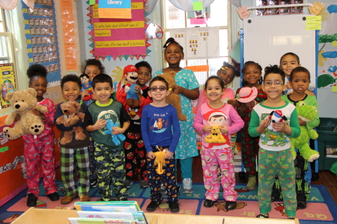 Children from Sarah Ward Nursery School in Newark, New Jersey having fun doing math in Bedtime Math's March of the Stuffed Animals preschool program. More than 30,000 children participated in over 500 schools and libraries nationwide. (Photo: Bedtime Math Foundation)