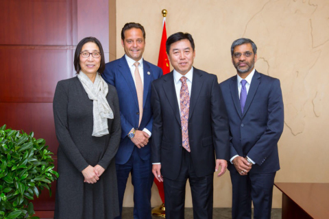Ya Xue, China Director of Delos; Paul Scialla, Delos Founder and CEO; Ming Li, Chairman of Sino-Ocean Land; and Mahesh Ramanujam, Chief Operating Officer, U.S. Green Building Council and President, Green Business Certification Inc. (Photo: Business Wire)