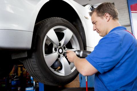 Con la primavera llega el cambio de neumáticos - cuando las temperaturas aumentan, los neumáticos de ...