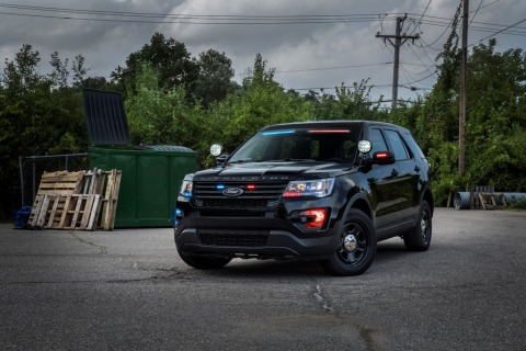 Lawbreakers will now have a more difficult time recognizing the profile of the best-selling police vehicle in their rearview mirrors. Ford Motor Company announced it will offer a new, factory-installed front interior visor light bar that provides a stealth appearance for police agency patrol vehicles. (Photo: Business Wire)