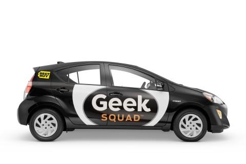Prius c Geekmobile (Photo: Best Buy)