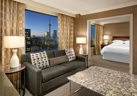 Sheraton Centre Toronto Hotel Renovated Guest Room (Photo: Business Wire)