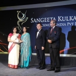 Sangeeta Kulkarni receiving the Most Promising Entrepreneur Award (Photo: Business Wire)