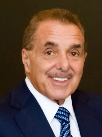 Barnes & Noble Founder & Chairman, Leonard Riggio, today announced that he will retire as Chairman of the Company following the annual shareholder meeting currently planned for September. (Photo: Business Wire)