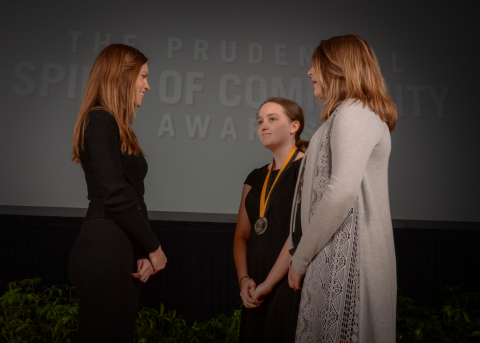 Academy Award-winning actress Hilary Swank congratulates Maria Keller, 15, of Plymouth (center) and Jasmine Kennebeck, 13, of Reads Landing (right) on being named Minnesota's top two youth volunteers for 2016 by The Prudential Spirit of Community Awards. Maria and Jasmine were honored at a ceremony on Sunday, May 1 at the Smithsonian's National Museum of Natural History, where they each received a $1,000 award. (Photo: Zach Harrison Photography)