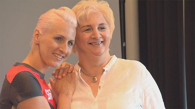 """Hochspringerin Ariane Friedrich sagt """"Danke Mama""""!"""