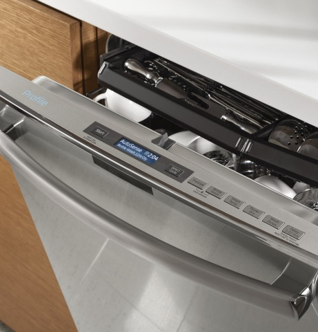 GE Appliances has announced three new channels—washer, dryer and dishwasher—to IFTTT, making them the first appliance manufacturer to have its entire appliance suite on the platform. (Photo: GE)