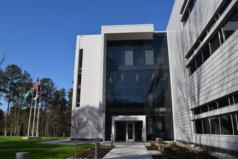 FUJIFILM Diosynth Biotechnologies Opens New Laboratory Facility in ...