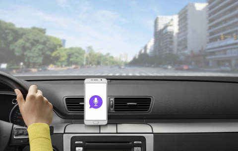 The Logi ZeroTouch Air Vent smart car mount for Android smartphones triggers Logitech's voice-controlled app when you dock your phone in the car. (Photo: Business Wire)