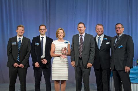Troy Carpenter (President Vetter Pharma International USA - third from right), Casie Thomas (US Key  ...