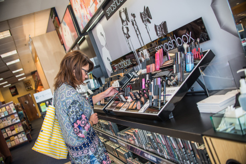 The Glossary, a new concept store within Barnes & Noble College Bookstores, brings prestige and mass color cosmetics, skincare and haircare to college campuses for the first time. Photo Credit: Barnes & Noble College