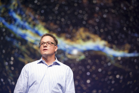 Esri's Chris Cappelli discussing how organizations worldwide are transforming how they work with a location-based platform. (Photo: Business Wire)