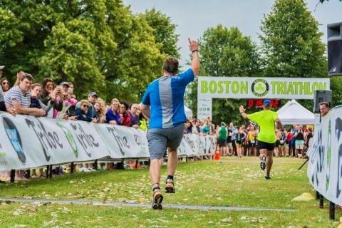 Triathletes racing in the Boston Triathlon. (Photo: Boston Triathlon)