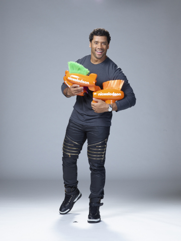 Seattle Seahawks Quarterback Russell Wilson Returns as Host of Nickelodeon's 'Kids' Choice Sports 2016,' Sunday, July 17, at 8 p.m. (ET/PT) (Photo: Nickelodeon)